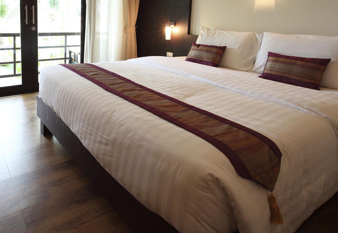 Demp_Slide-hotelT2